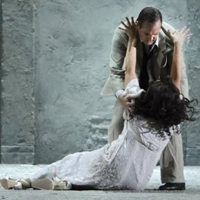 Stondis oopperassa